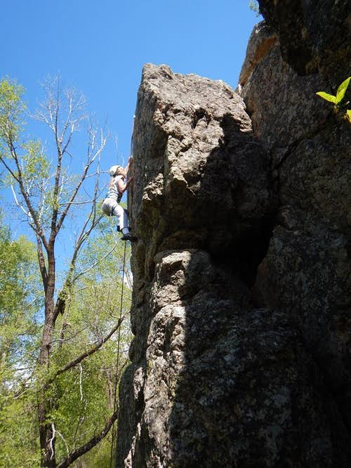 Butcher Knife Crags (5.7-5.11b)