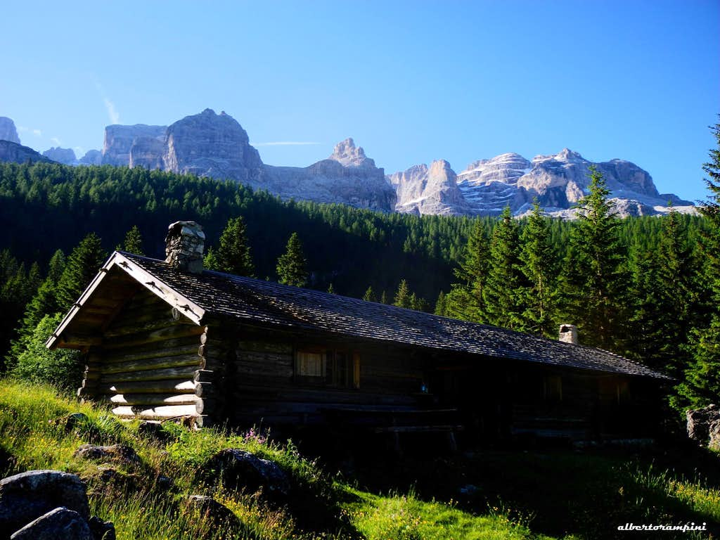 Upper Malga Vallesinella and Brenta Dolomites