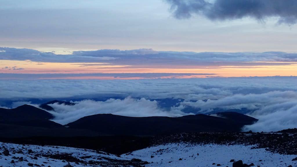 Sunset at refugio Carrel, Chimborazo