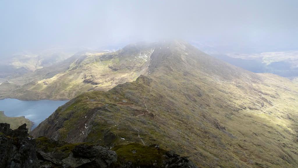 Descending Snowdon, approaching Y Llywedd