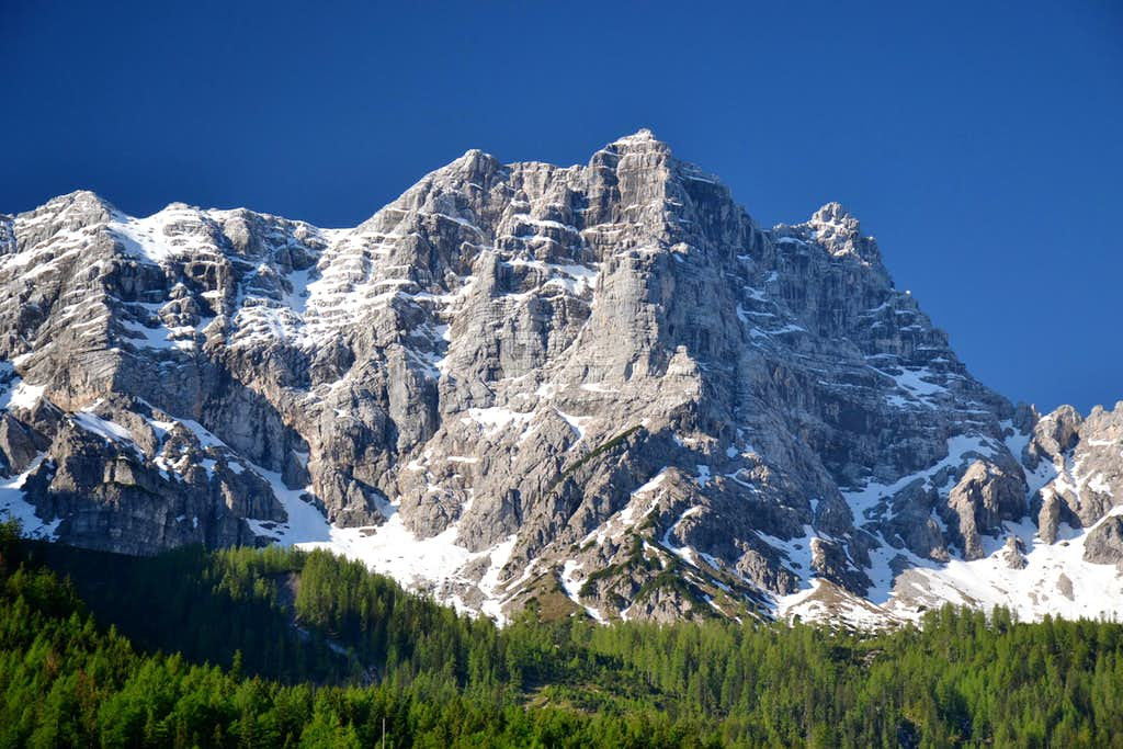 The north face of Grosses Rothorn (2403 m) in the Loferer Steinberge