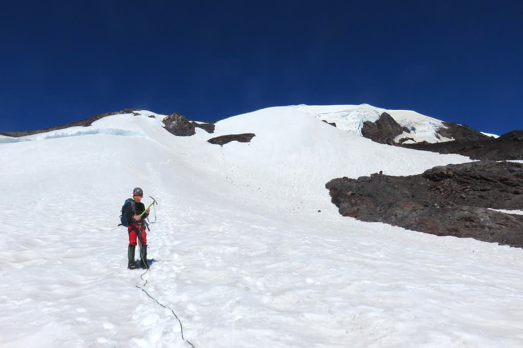 Route up the middle section of the Mazama Glacier