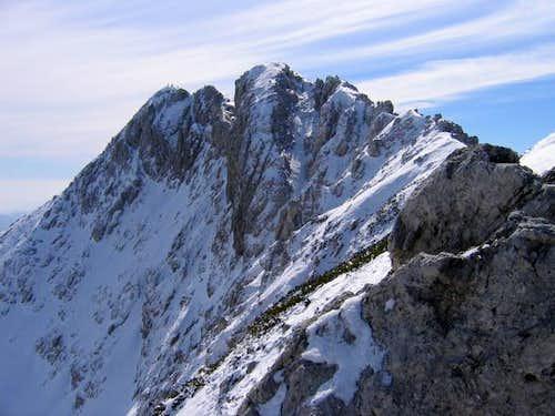 The NW ridge of Visevnik. ...