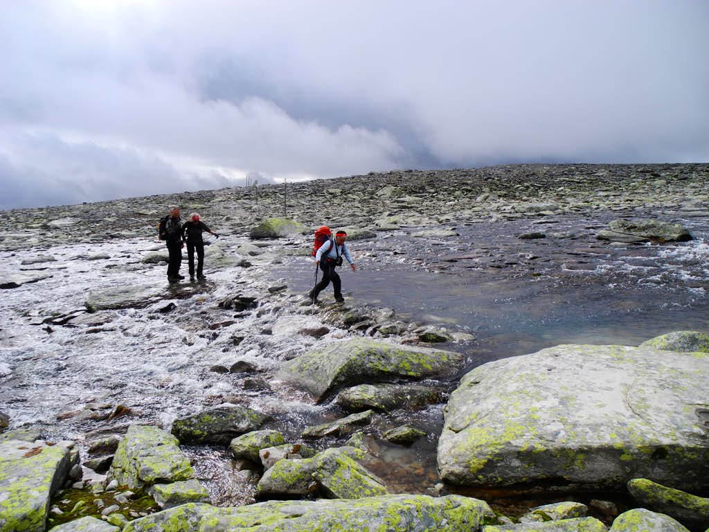 Ford at the start of Snøhetta Normal route