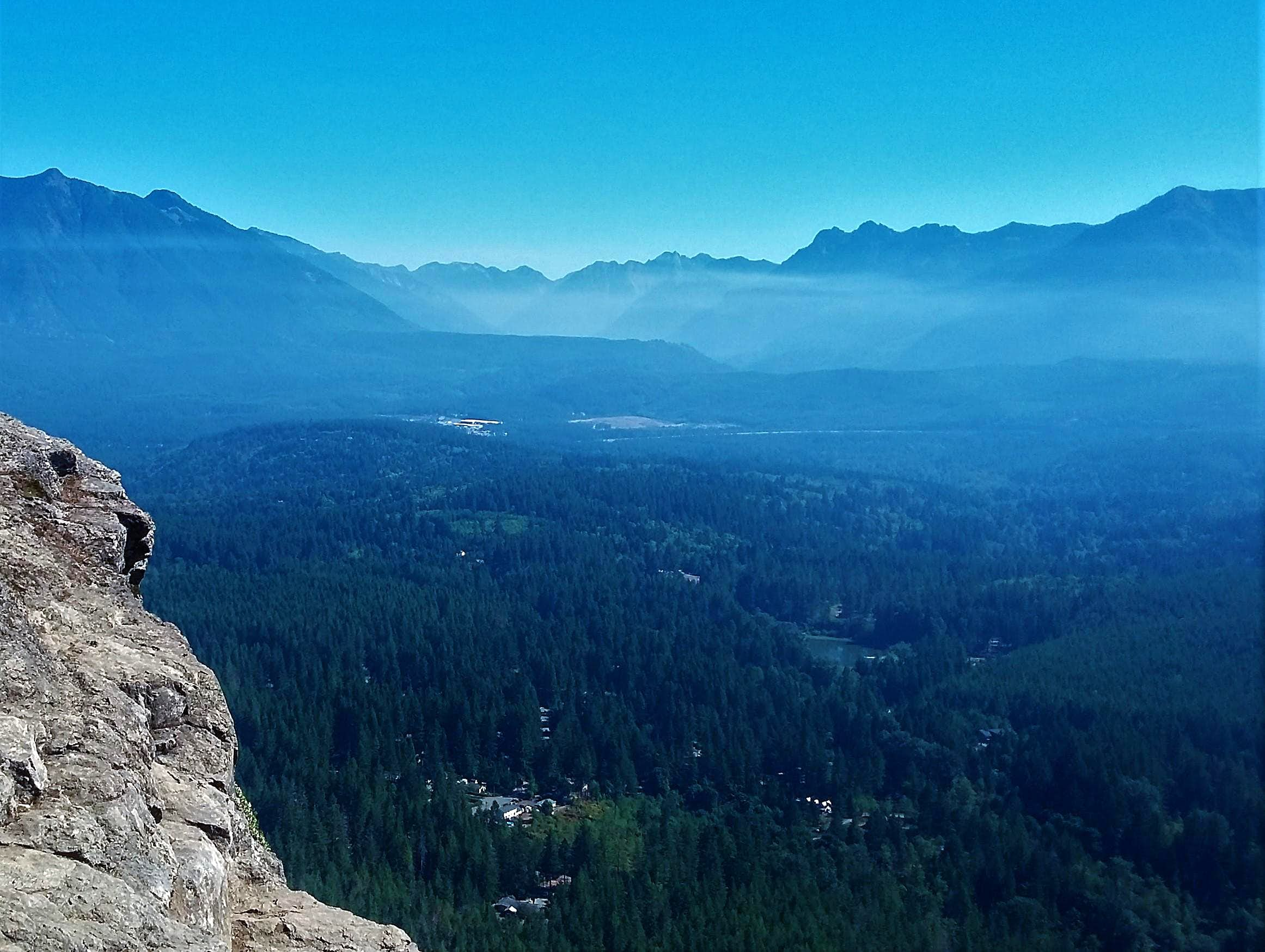 Smoke Haze on Rattlesnake Ledge