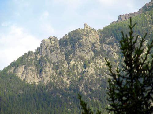 The ridge from Tolomon to Chermontane by Pieiller 2017