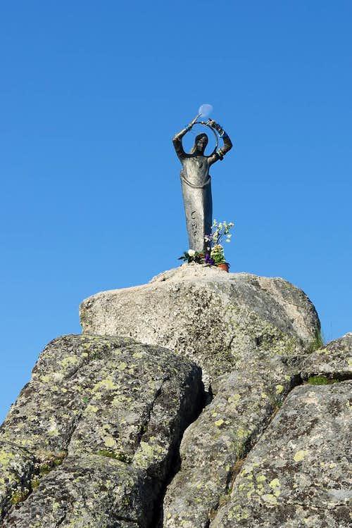 Madonna statue on Alto del Telegrafo