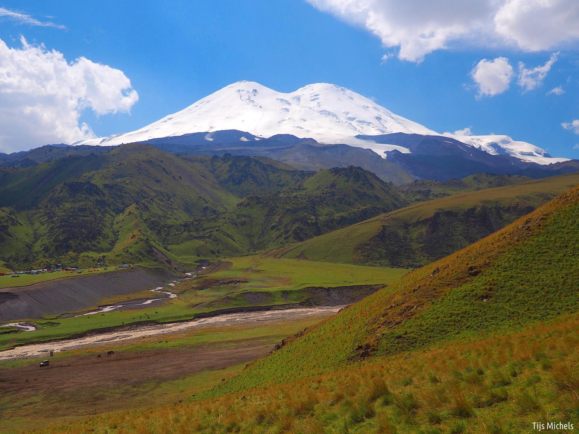 Elbrus North-South Traverse