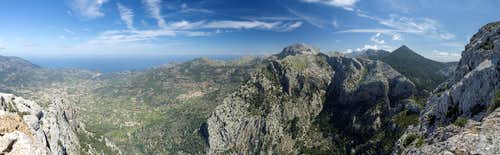 Sóller Valley and Serra de Tramuntana