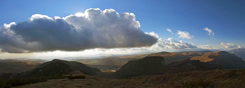 Cloud over Lessinia