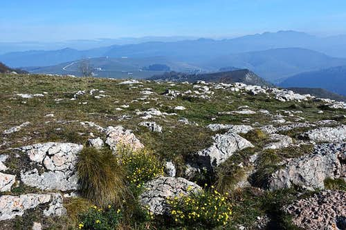 The view from Corno d'Aquilio due NE
