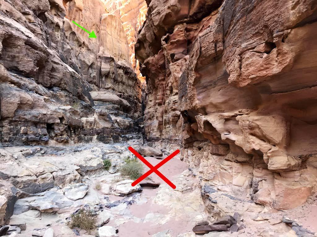 Sandy canyon near slab traverse
