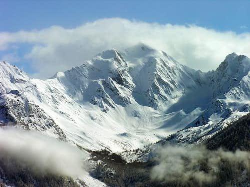 Il versante nord del monte...
