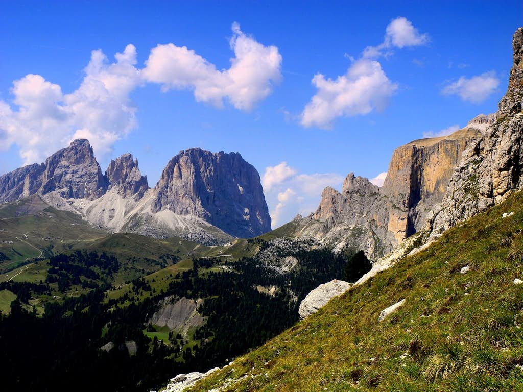 Sassolungo group (left) and Ciavazes with Sella Towers (right)