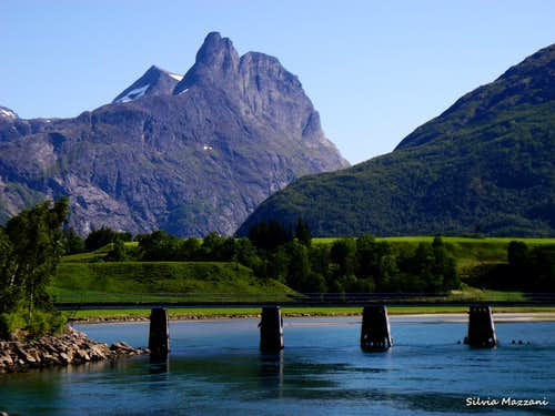 Romsdals Horn seen from Andalsnes