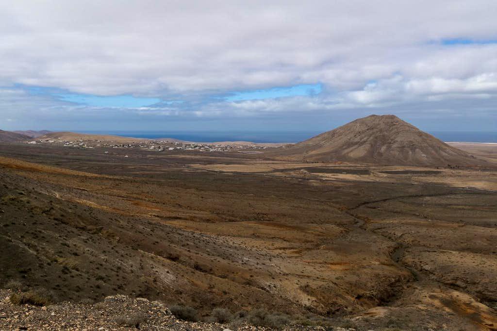 Montaña de Tindaya with Tindaya Village