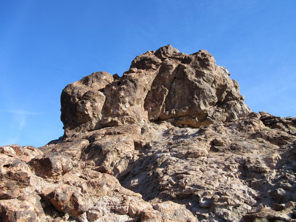 snaggletooth peak
