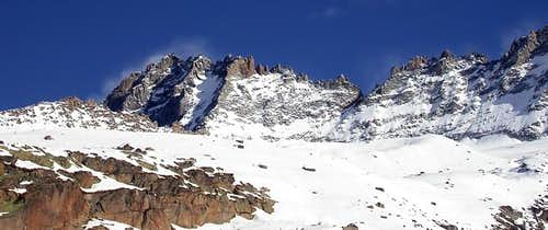 Herbetet <i>(3778 m)</i>, colle Bonney <i>(3587 m)</i> and punta Budden <i>(3683 m)</i>