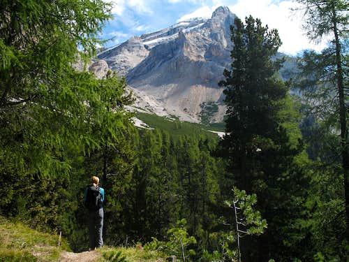 Lavarela seen from the bottom of the Val de Medesc