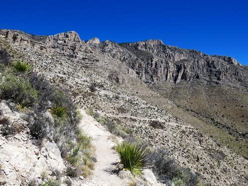 Hunter Peak from Tejas Trail
