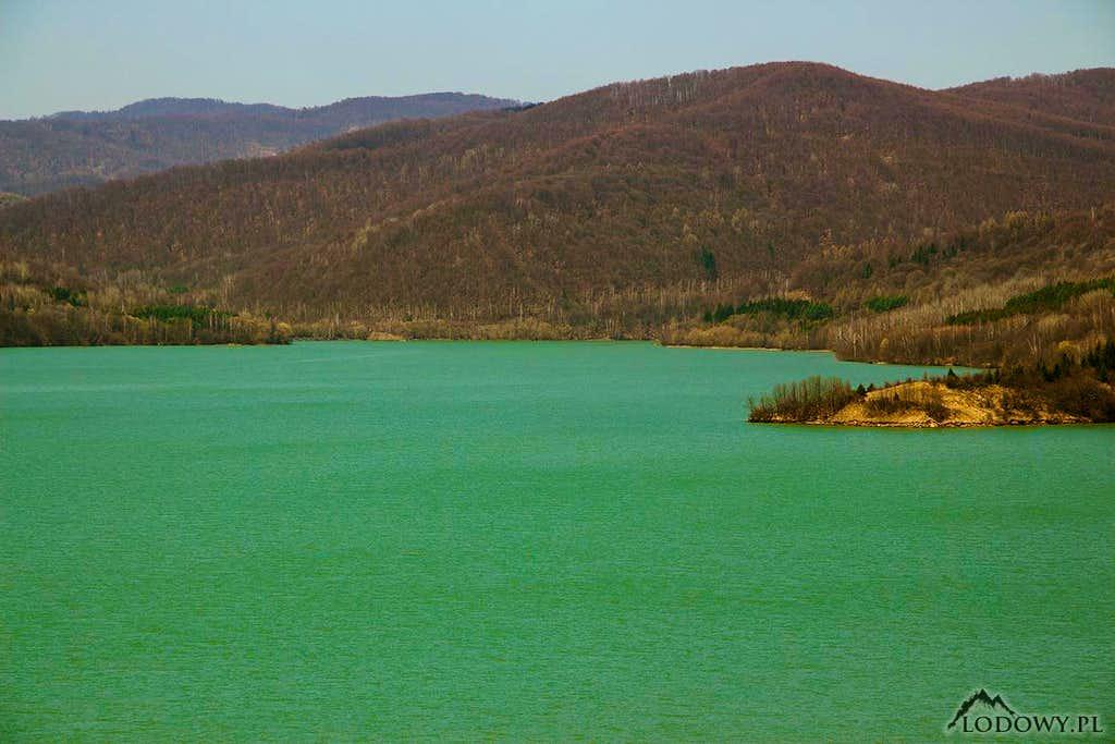 Lake Starina