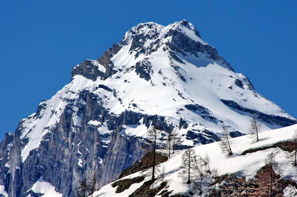 Summits of Rhêmes Valley: North-East side of Granta Parei