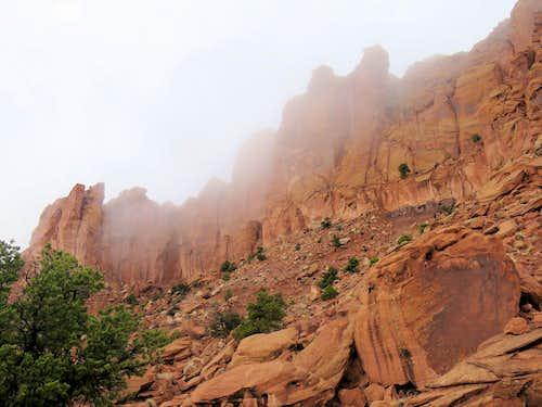 Walls of Meeks Mesa from Cooks Mesa