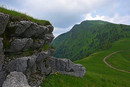 On the SE ridge of Porezen