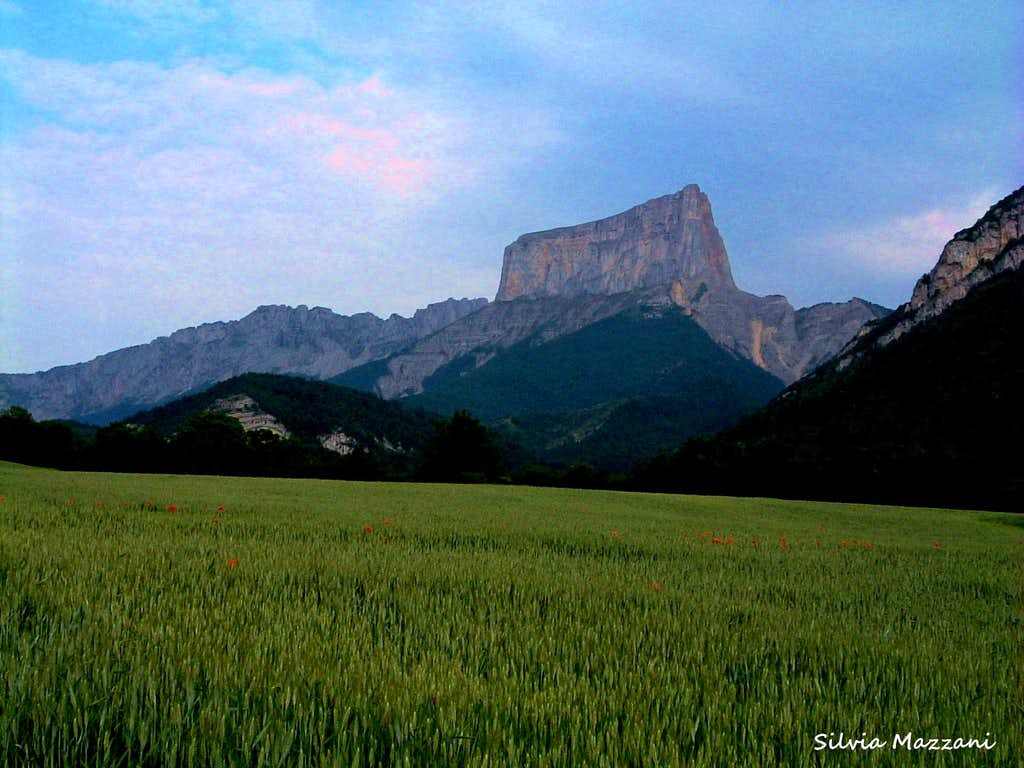 Year 1492: first ascent of Mont Aiguille (Vercors, Provence ranges)