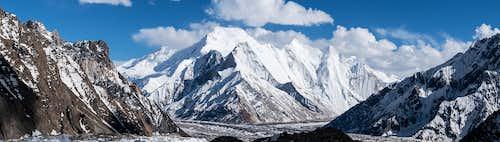 Khumul Gri and Chogolisa peaks