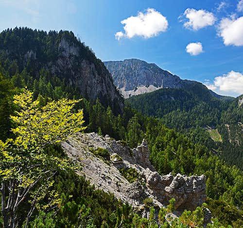 Strugarica valley