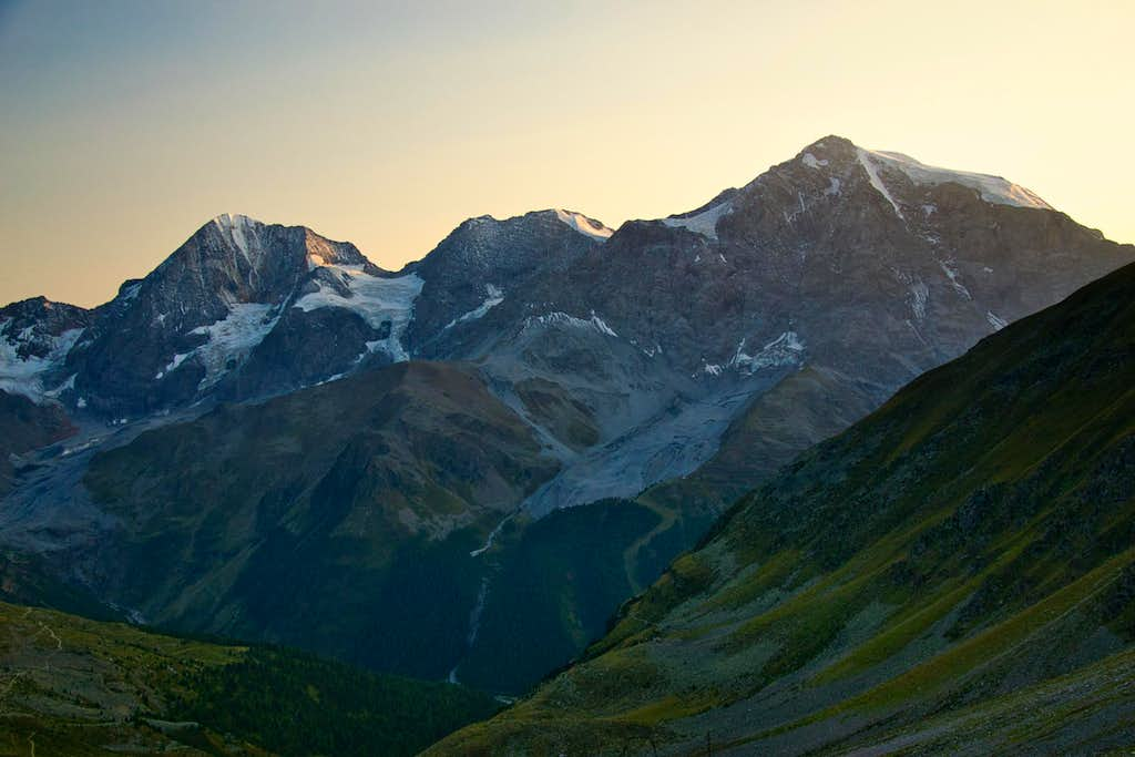 Evening in the Ortler group