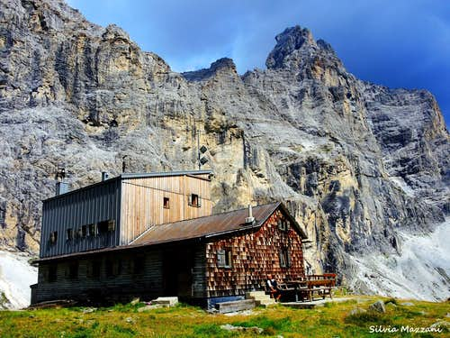 Rifugio Calciati  (Tribulaunhütte)