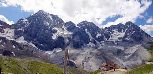 Citta di Milano Refuge and the moraines at the foot of the Ortles trinity