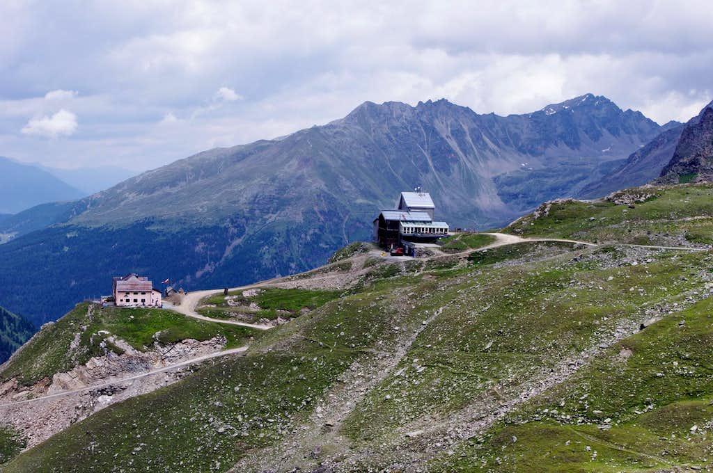 Città di Milano Hut / Schaubachhütte 2581 m