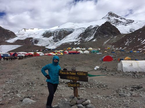 Plaza De Mulas, Base Camp Aconcagua