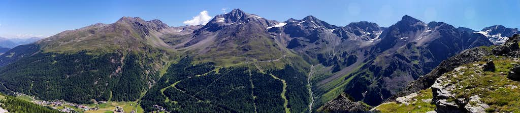 Pano view of the Vertana-Angelo-Lasa Group (Solda/Sulden side)