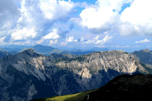 Edge of the Karwendel – Traverse from the Seekarspitze to the Seebergspitze