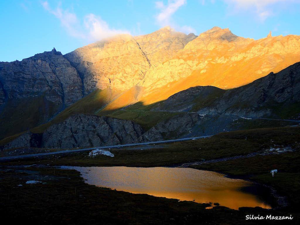 The small Lake of Pic d'Asti at sunrise