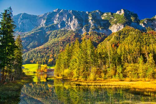 At the Hintersee lake in autumn