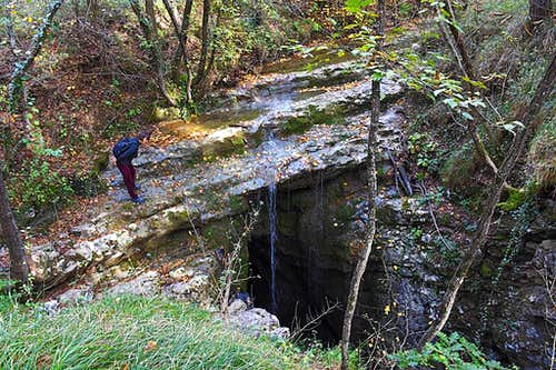 Meletova jama / Mele's Cave