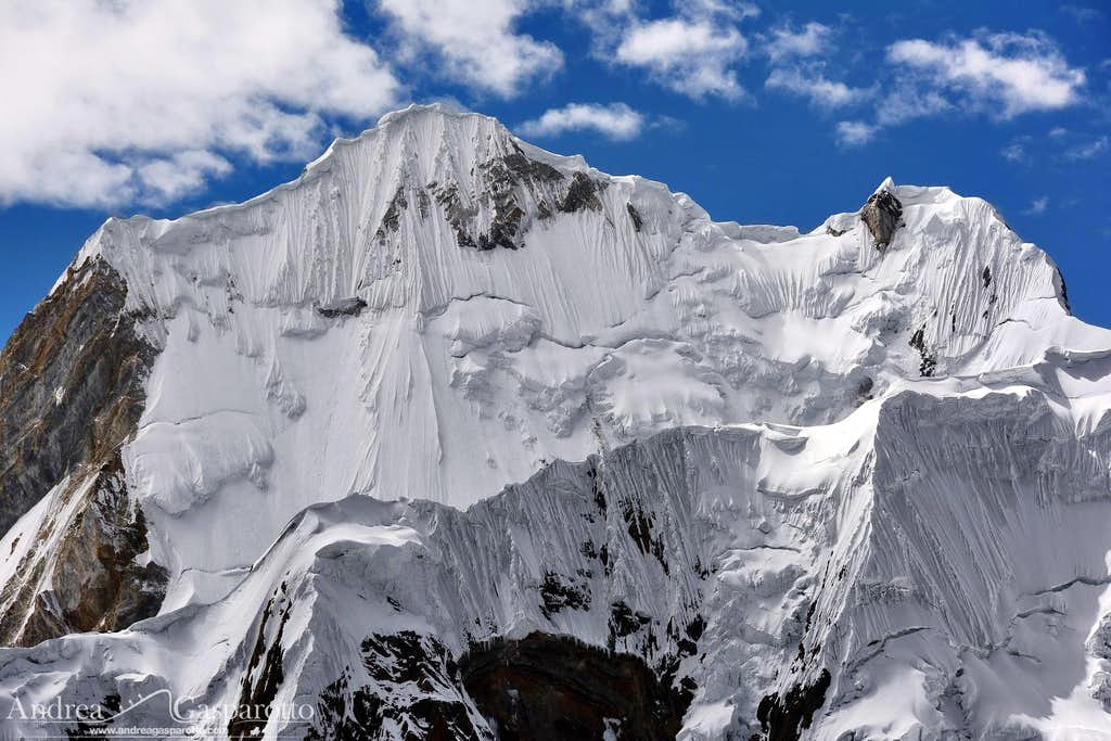 Yerupajà's west face from Yaucha pass