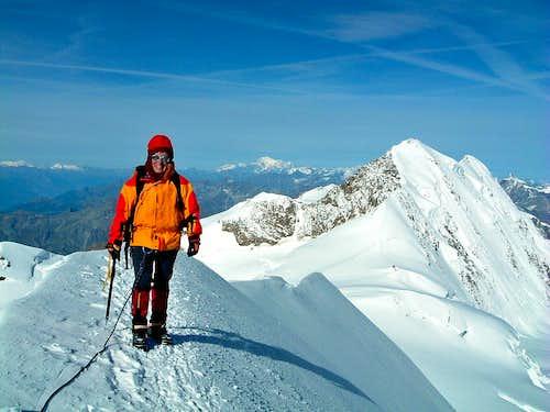 Punta Parrot summit ridge and Lyskamm North wall