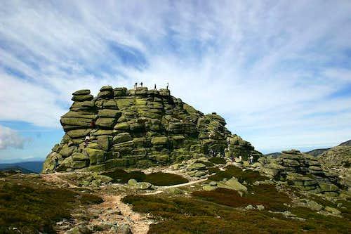 Summit Rocks of the seventh...