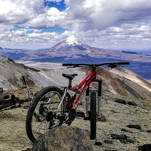 MOUNTAINEERING & MOUNTAIN BIKE