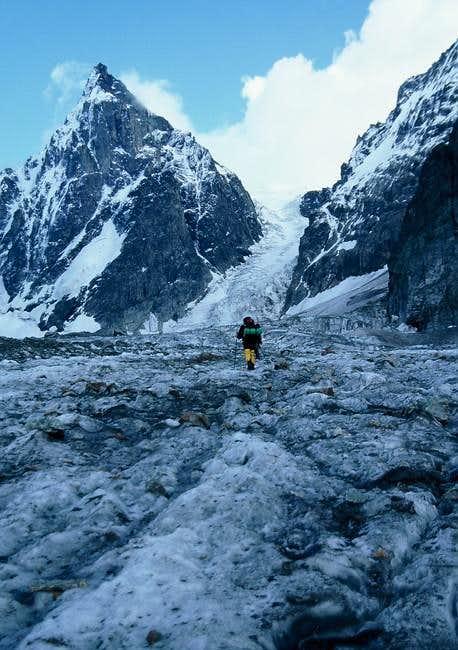 Towards the Ushba Icefall 30...