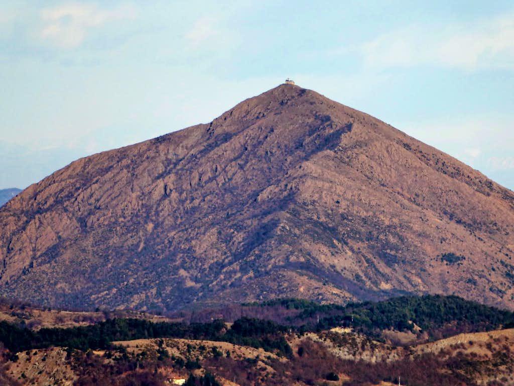 Great panoramic points: Monte Tobbio seen from Monte Reixa