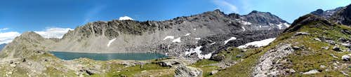 Pietra Rossa Lake