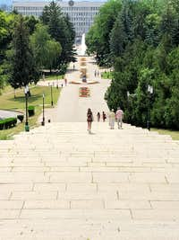 Looking west from statue of Lenin