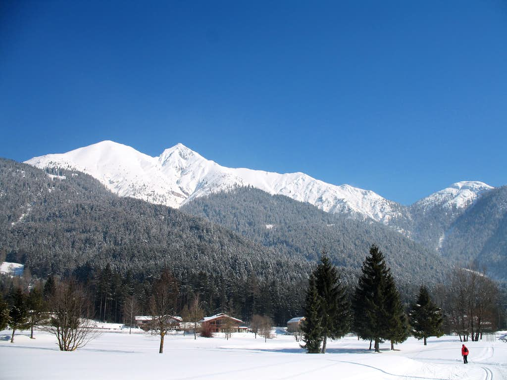 View of the Reither spitze from Seefeld in winter.